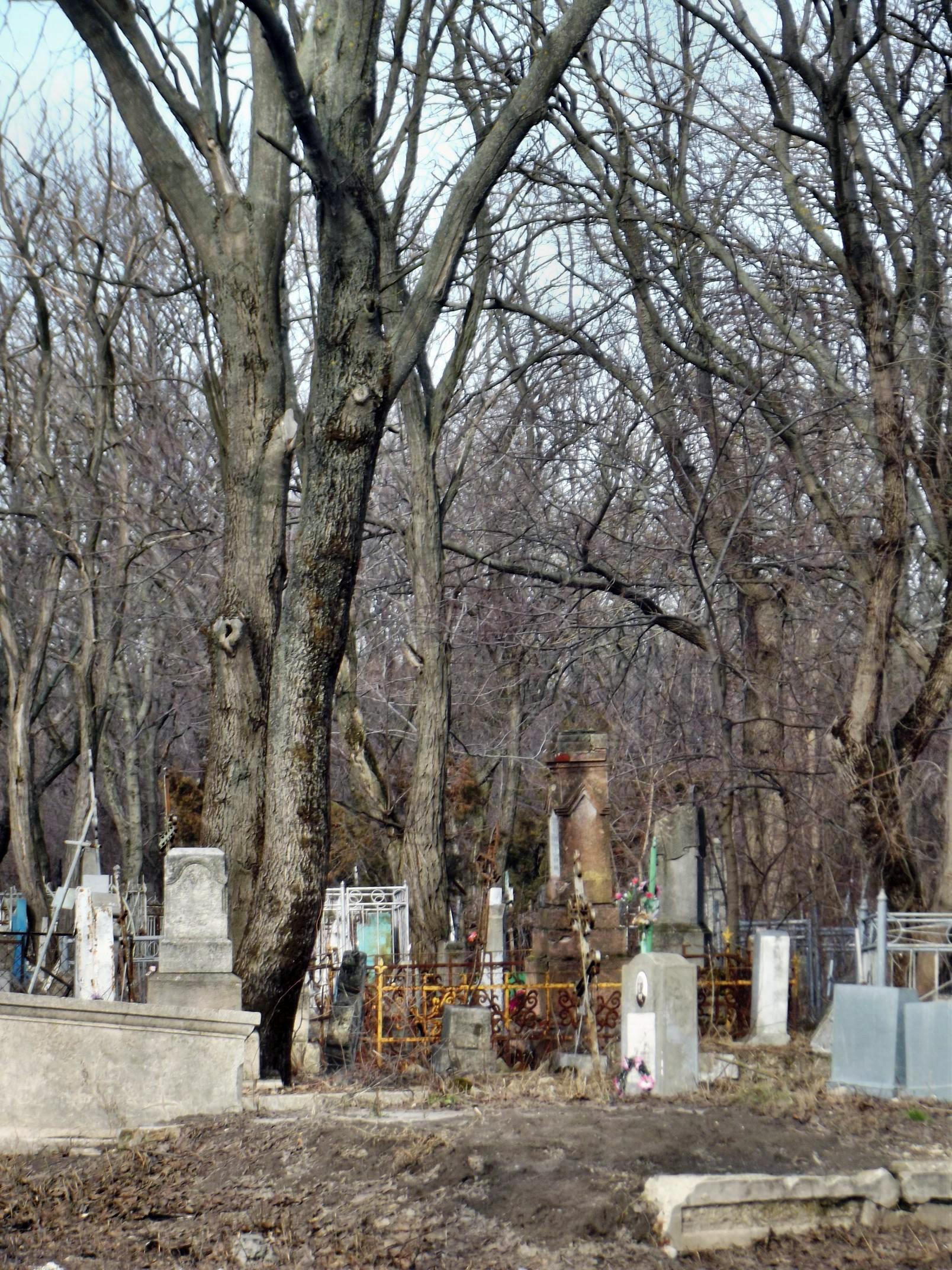 graveyard004