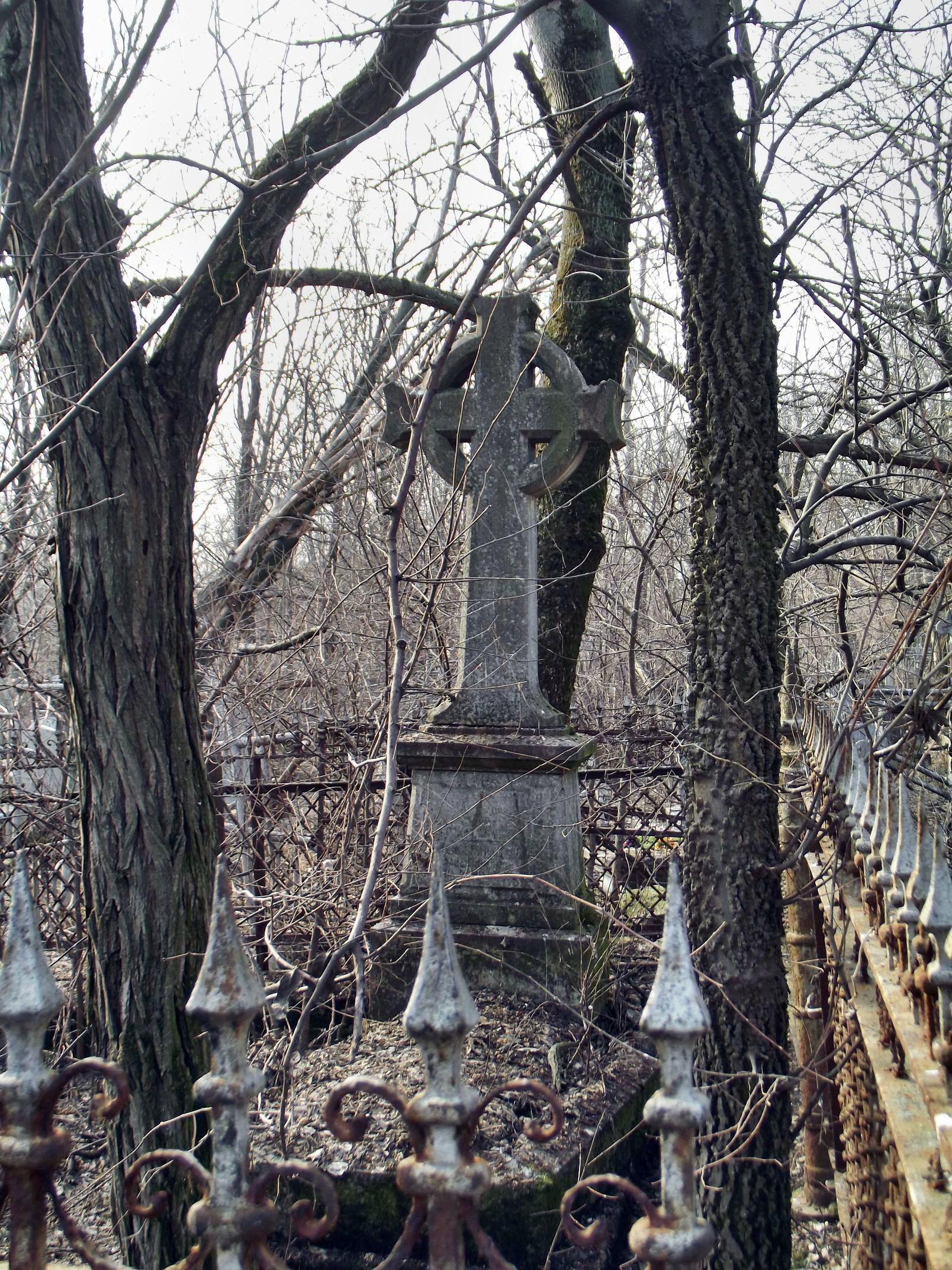 graveyard036