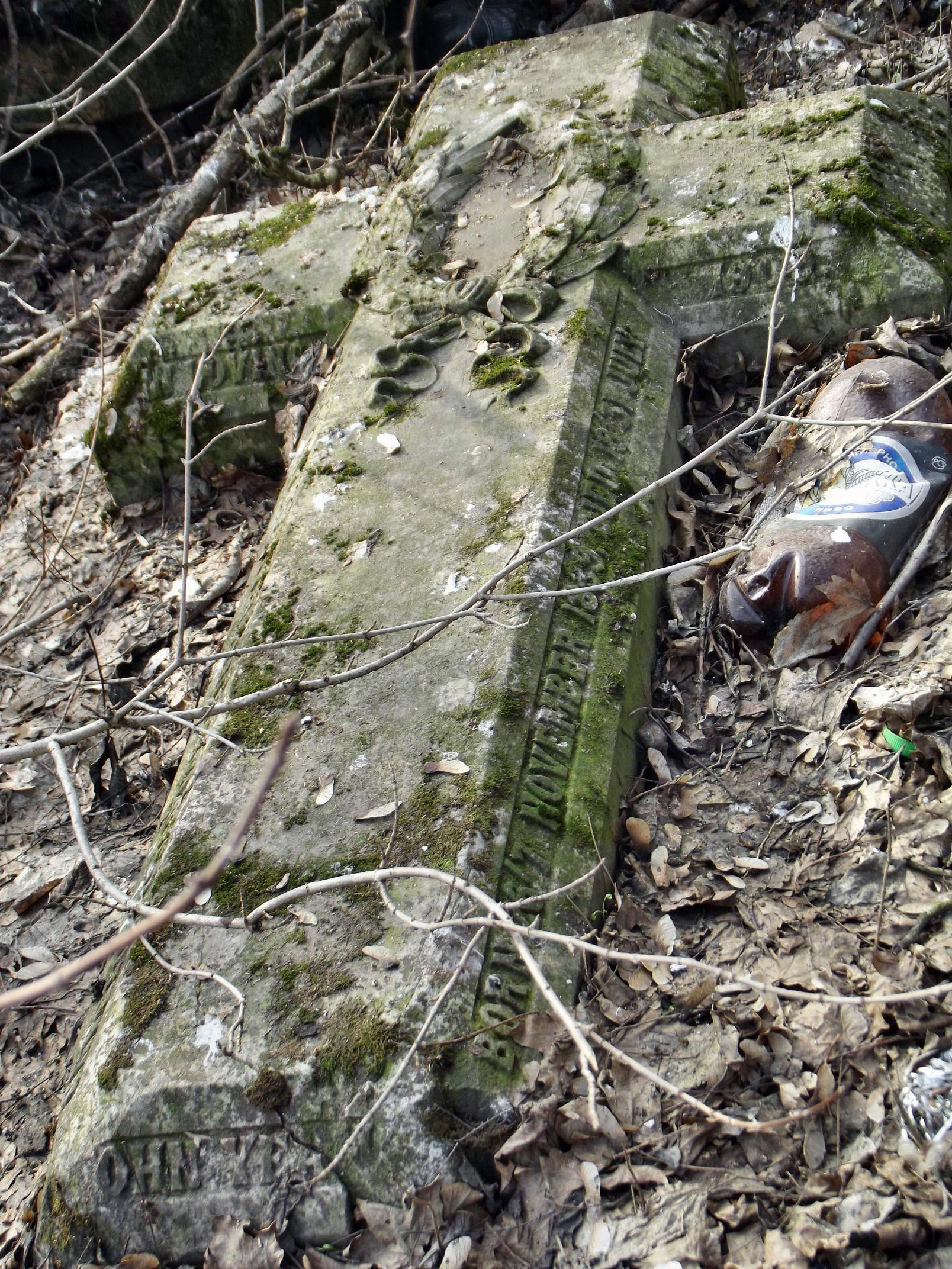 graveyard037