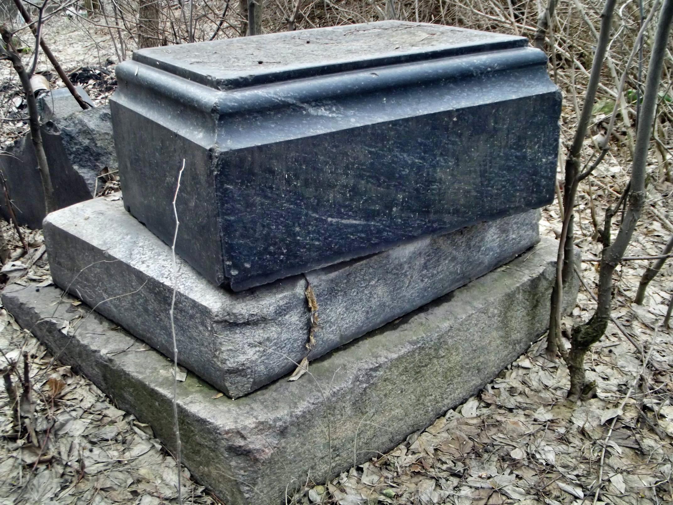 graveyard046