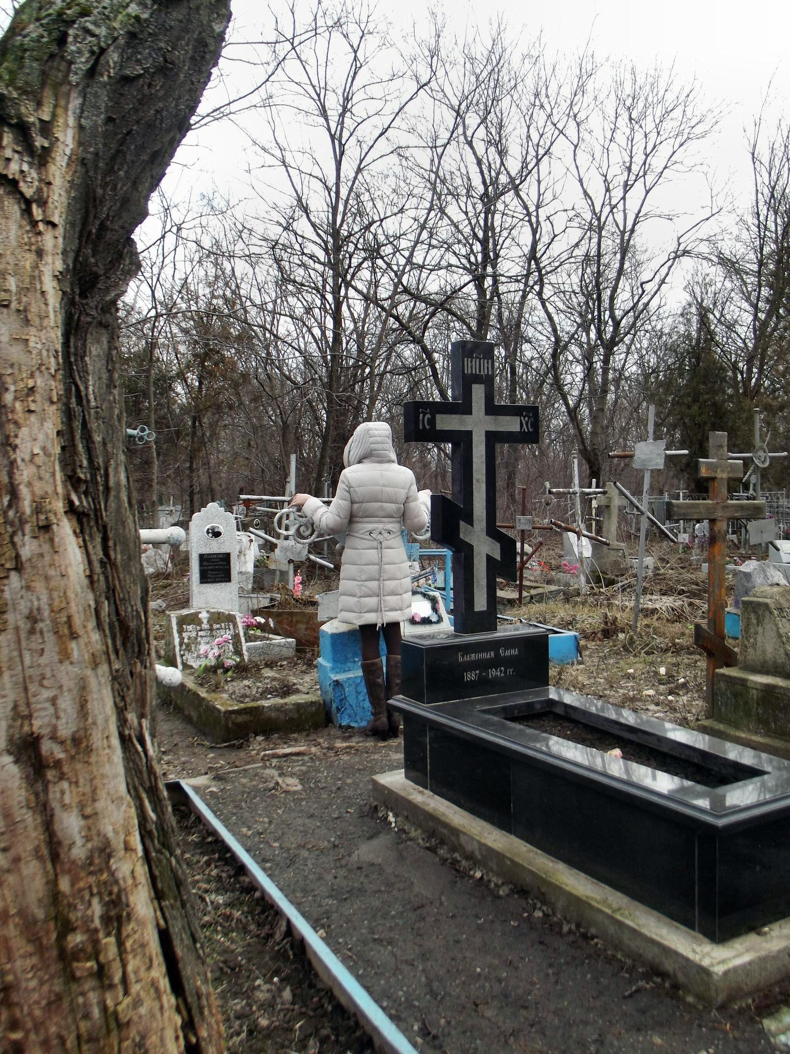 graveyard056